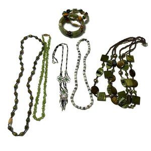 Jewelry - Green theme wearable craft harvest